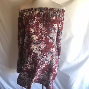 NWT Love Fire Off The Shoulder Floral Long Sleeved